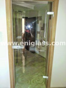 Закалена стъклена врата 14