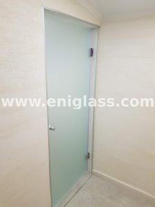 Закалена стъклена врата 15