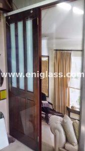 Закалена стъклена врата 17