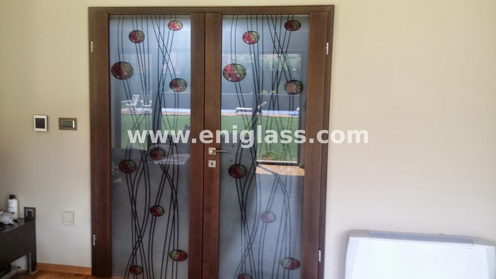 Закалена стъклена врата 2