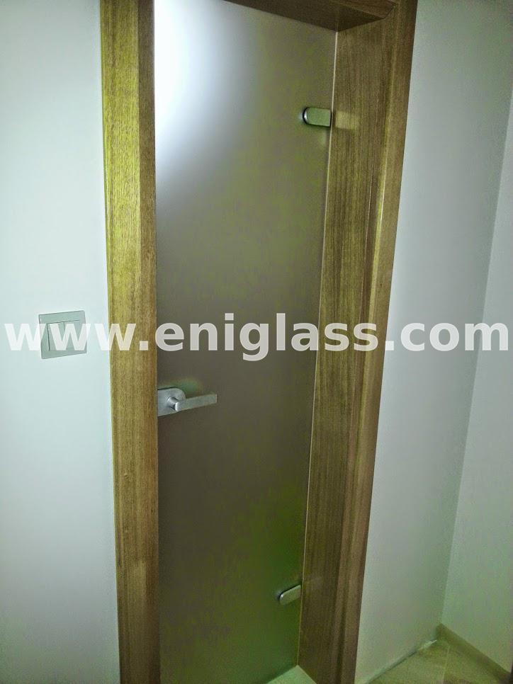 Закалена стъклена врата 20