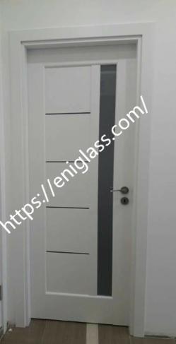 Интериорна врата бяло