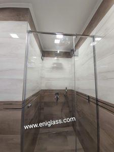 Параван с хром профил стена стъкло