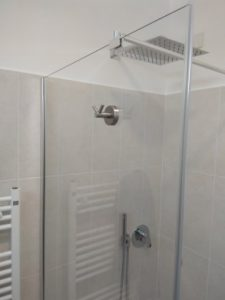 стационар за баня с обтегач