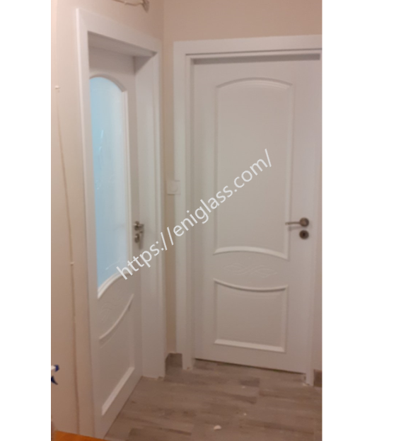 Интериорна врата Дона бяла със стъкло мат шарка прозрачна и плътна