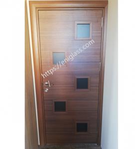 Интериорна врата Турска плътен HDF остъклена с квадрати