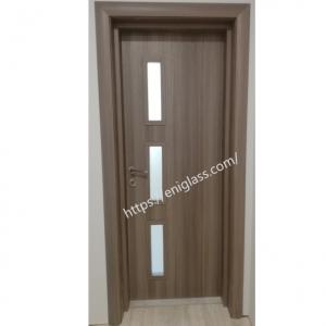 Интериорна врата Турска плътен HDF със стъкла 1