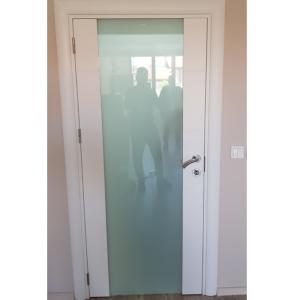 Интериорна врата Турска плътен HDF химичен мат закалено стъкло