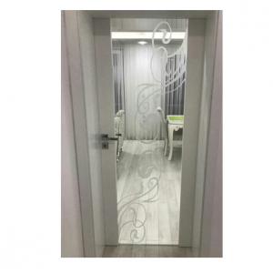 Интериорна врата Турска плътен HDF шарка матитана триплекс стъкло по каталог